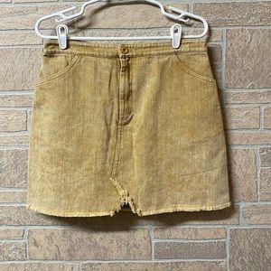 Sadie & Sage mustard yellow denim skirt pockets